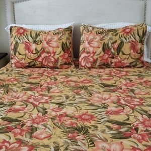 Tommy Bahama Queen Comforter Set NWOT